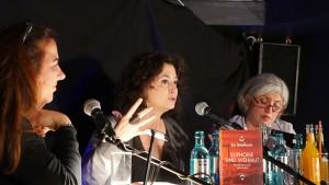 Lale Konuk, Moderatorin; Ece Temelkuran, Autorin, Istanbul; Ciler Firtina, Dolmetscherin Köln
