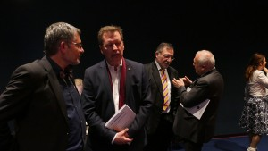 Dietmar Nietan, MdB; Christoph Müller-Hofstede, Bundeszentrale für politische Bildung; Raffi Kantian, Deutsch-Armenische Gesellschaft; Ashton Smbatyan, Botschafter Republik Armenien